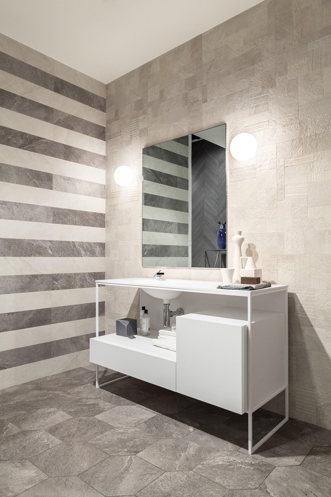 shadestone_bathroom_light grey1560 nat-mix light6060 nat-code stone grey nat